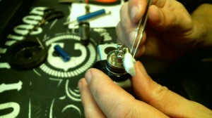 How To Rebuild The Dark Horse RDA Image15 tucking that wick 1
